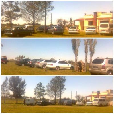 20091006025525-autos.jpg